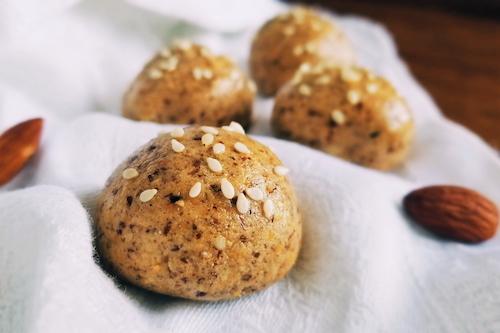 Almond protein balls