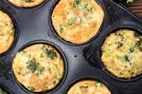 Broccoli & cheddar egg muffins