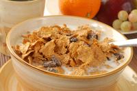 Higher-calorie breakfast cereal w/ almond milk