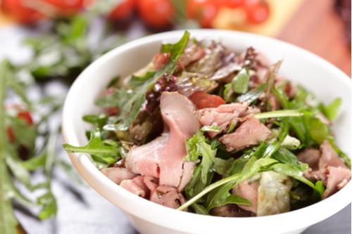 Roast beef & blue cheese salad