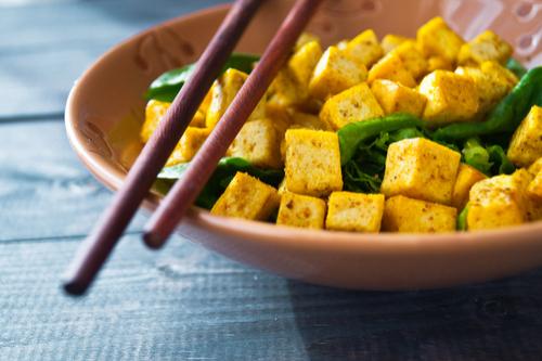 Tofu spinach scramble